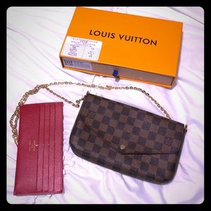 Louis Felicie Crossbody with chain